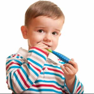 Учимся чистить зубки