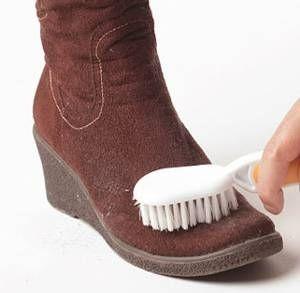 Как чистить и ухаживать за замшевой обувью на дому